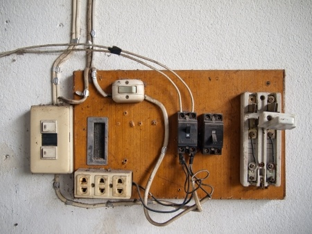 rewiring your old house improves safety rh potterelectrical co nz Old Wiring No Ground Old Home Wiring Types